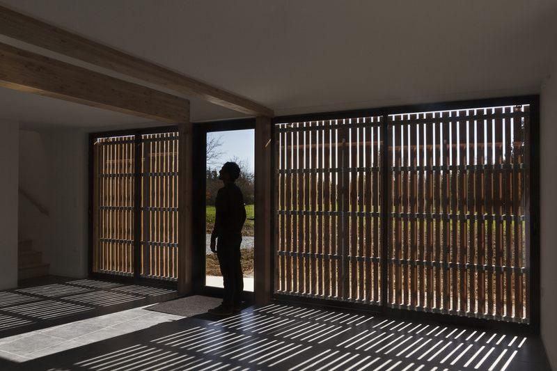 Maison ossature bois contemporaine par atelier 56s bruz - Interieur maison ossature bois ...