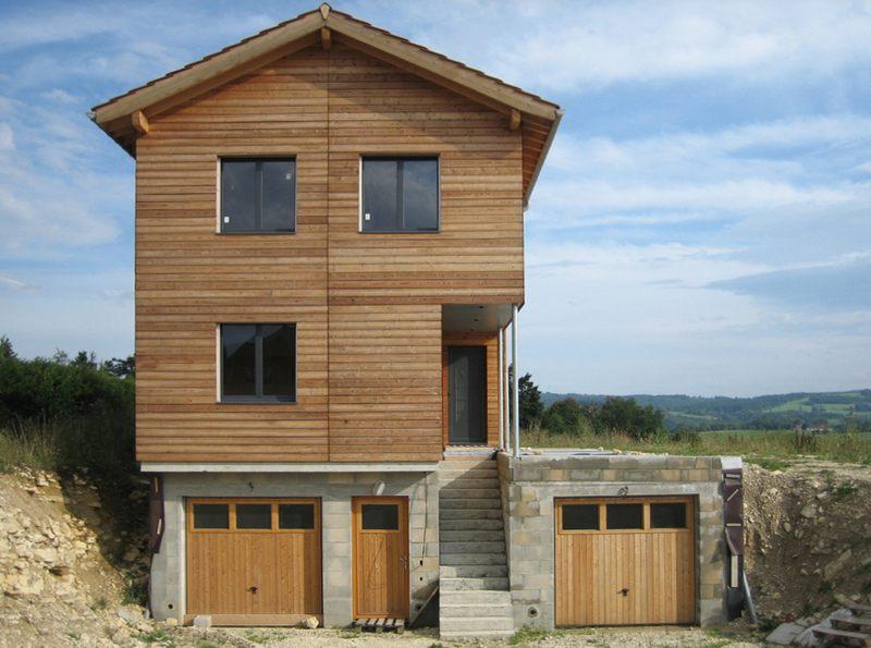 façade entrée - maison ossature bois par Eric Viprey, Cambiums - Jura - France
