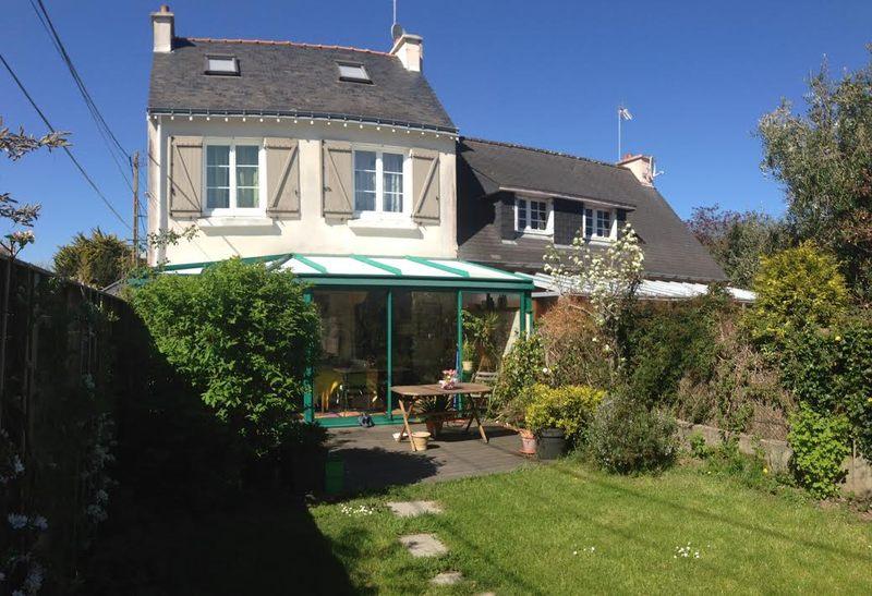 avant - extension bois d'une maison bretonne par Franck Labbay - Larmor-Plage - France