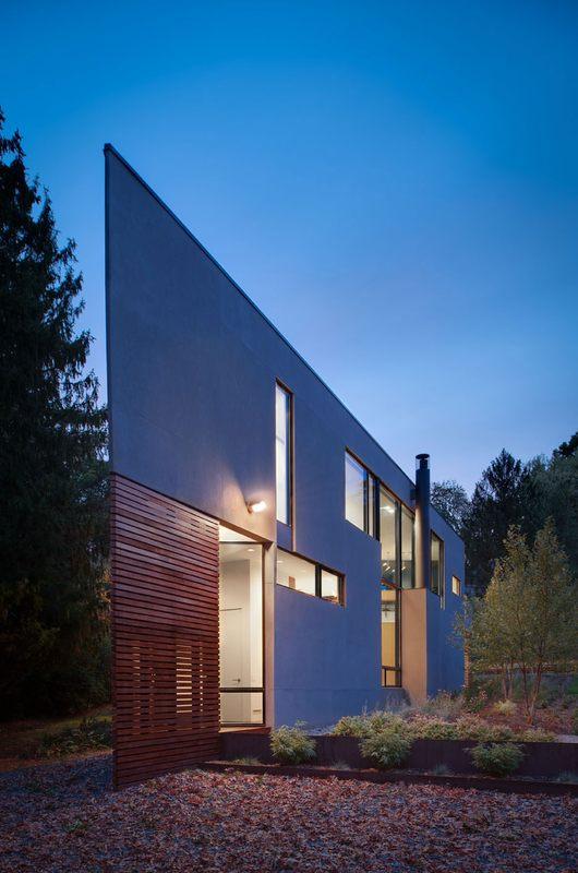 12 maisons l 39 architecture triangulaire construire tendance for Architecture triangulaire