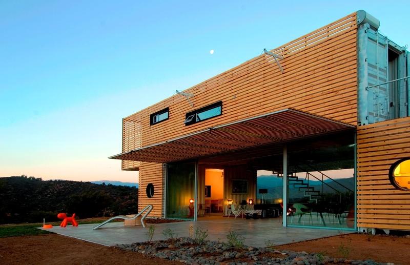 façade entrée et terrasse - Infiniski Manifesto House par james&mau arquitectura  - Curacaví, Chili - photo Antonio Corcuera