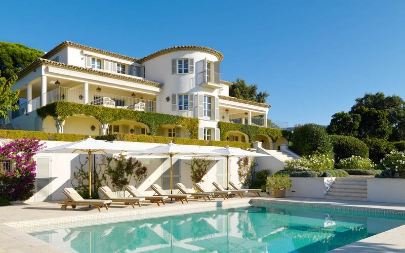 12 villas exceptionnelles sur la c te d azur construire for Des belles villas