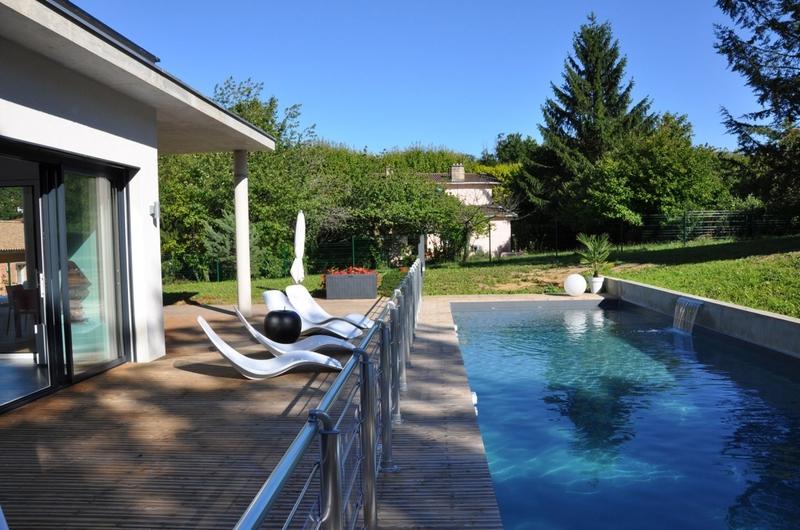 terrasse et piscine - Apple-House par Val de Saône Bâtiment - Mâcon, France