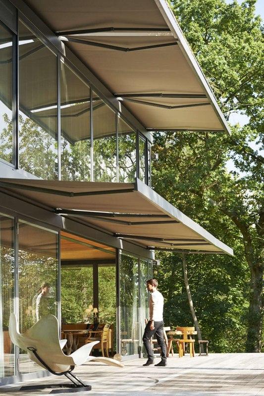 système d'ombrage - P.A.T.H par Philippe Starck et Riko - Montfort, France