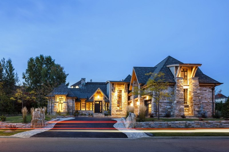 Rock copper glass par cdrg redteam canada construire tendance for Photo de maison au canada