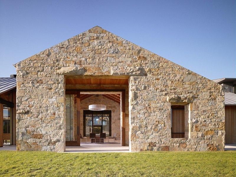 façade en pierre - Mountain Wood Residence par Walker Warner Architects -Woodside, Usa