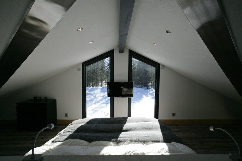 chambre et panorama - Chalet Piolet par Chevallier Architectes - Chamonix, France