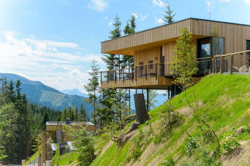 Chalets Contemporains De Vacances Flottant Au Dessus Des Cretes on Mountain Modern House Designs