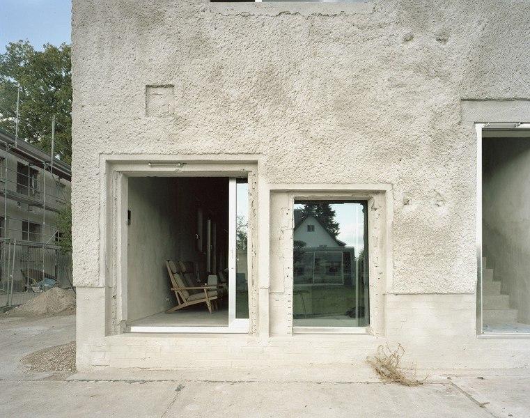 Ancienne usine r nov e en petite maison atypique en for Amiante maison ancienne