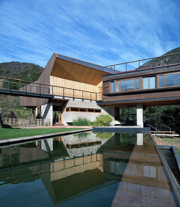 Splendide architecture pour une maison bois contemporaine - Maison architecture contemporaine grupo arquitectura ...