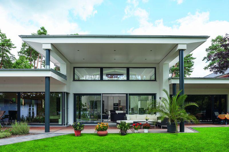 Maison contemporaine lumineuse et basse consommation en allemagne construir - Chauffage maison ossature bois ...