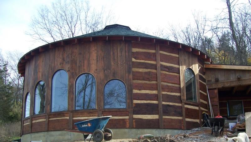 Maisons rondes en bois tmoignage vivre dans une maison - J ai une maison toute ronde ...