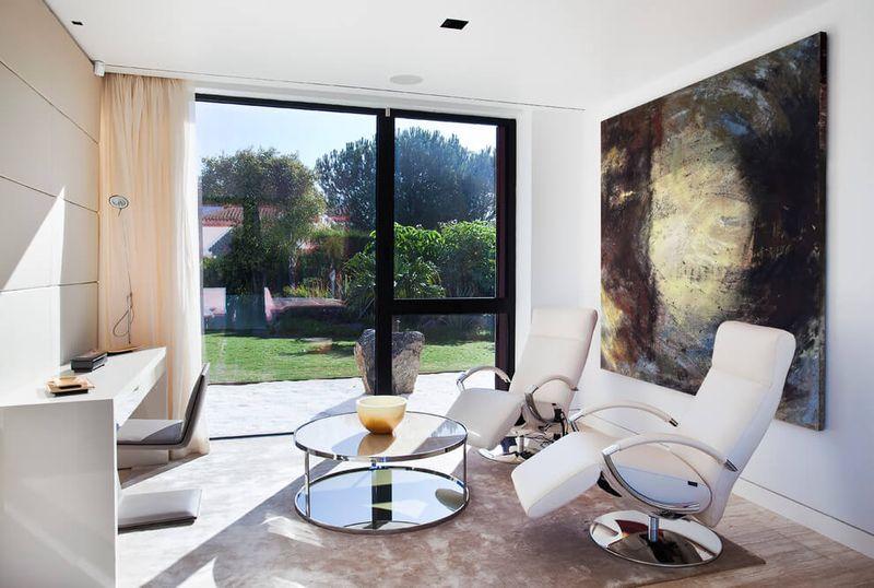 Architecture originale sur une maison moderne avec grande for Seville house