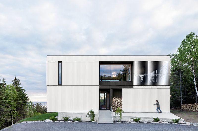 Chalet Blanche Par ACDF Architecture - Malbais, Canada 04