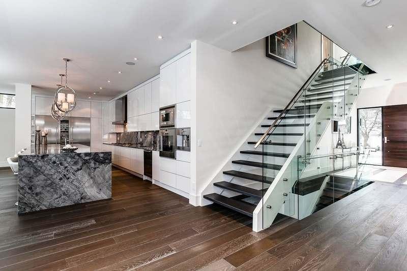 15 exemples d 39 escalier design pour une maison construire - Maison moderne toronto par studio junction ...