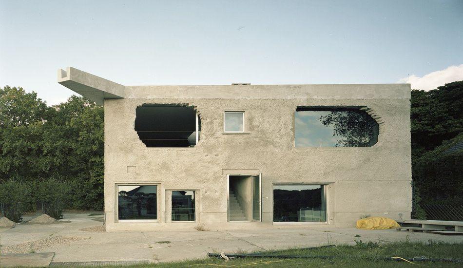Ancienne usine rénovée en petite maison atypique en Allemagne ...