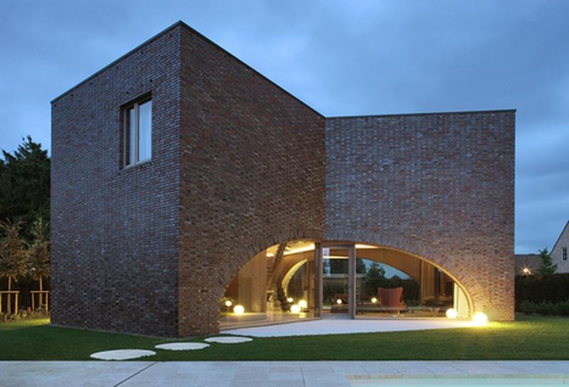 10 maisons briques contemporaines construire tendance for Maison design et tradition