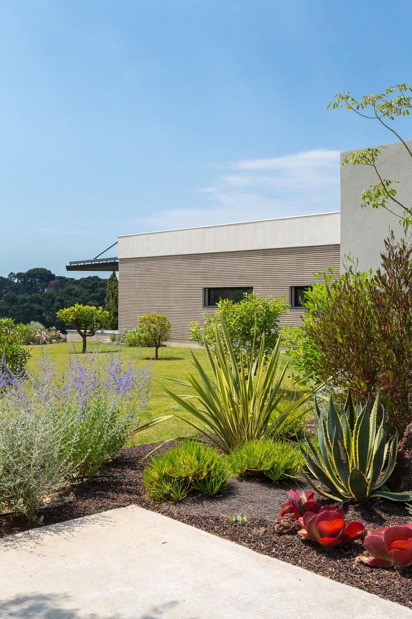 Maison a3 par vincent coste toulon france construire - Jardin japonais interieur maison toulon ...