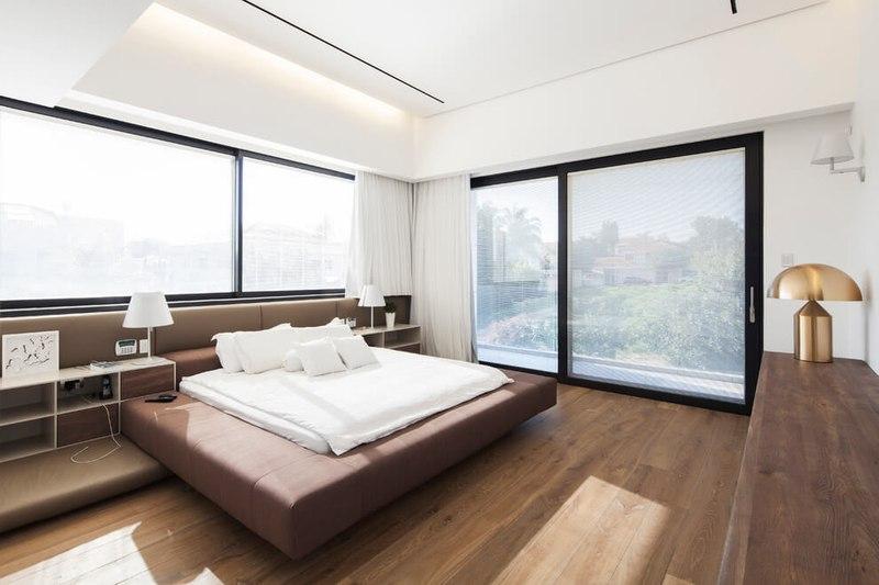 maison contemporaine b ton par ron aviv tel aviv isra l construire tendance. Black Bedroom Furniture Sets. Home Design Ideas