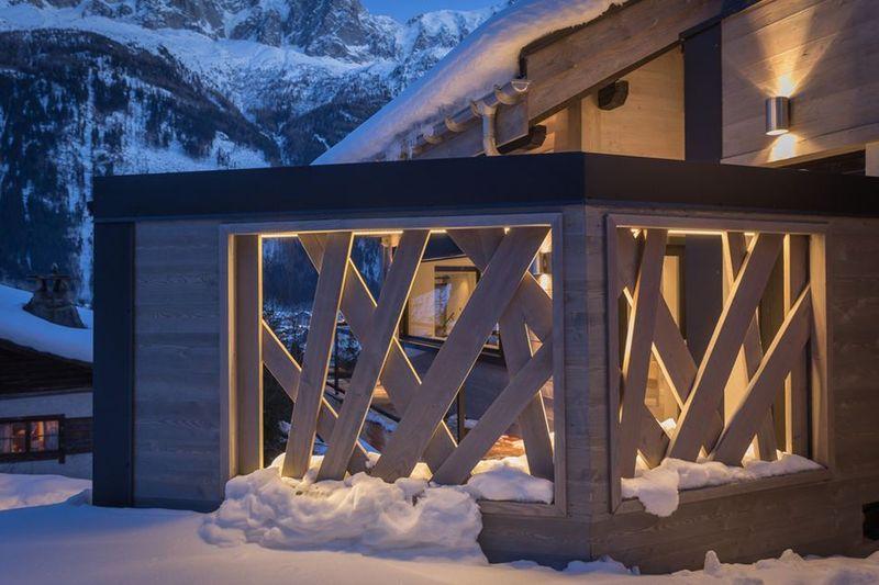 Magnifique chalet bois modernis au pied du mont blanc en france construire - Construire un garde corps ...