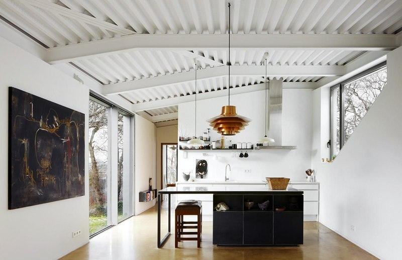 Maison et atelier d 39 artiste par miba architects gij n espagne constr - Cuisine atelier artiste ...