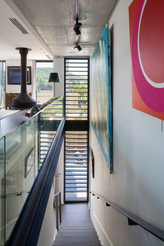 Maison h3 villa contemporaine par vincent coste st for Escalier maison contemporaine