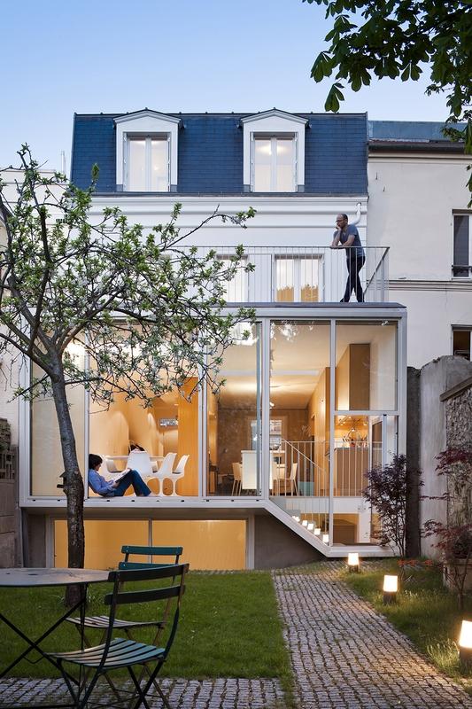 R novation d 39 une maison traditionnelle vincennes par azc for Extension maison zone n
