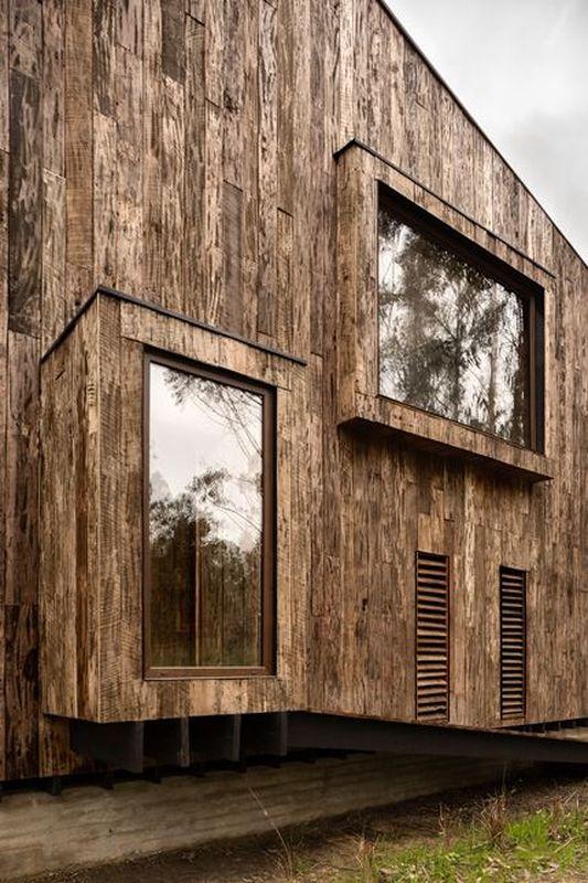 maison chilienne fa on cabanon et son bardage en bois br l construire tendance. Black Bedroom Furniture Sets. Home Design Ideas