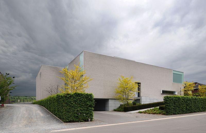 Façade Entrée – Maison Contemporaine Par Luc Spits, Belgique