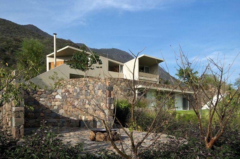 Maison contemporaine semi enterr e en pleine nature au mexique construire tendance - Maison s par domenack arquitectos ...