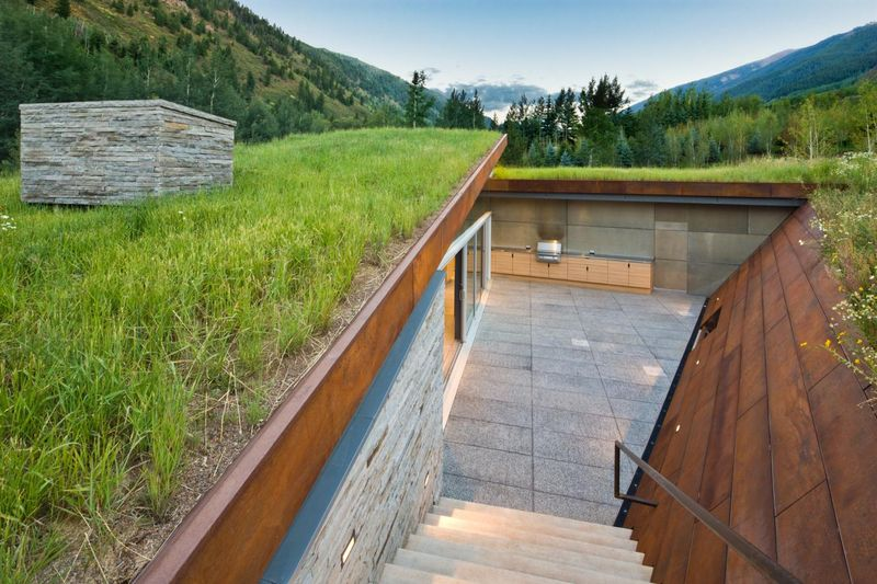 Bien connu façade semi-enterrée – Sustainable house par Gluck+ – Colorado  FT75