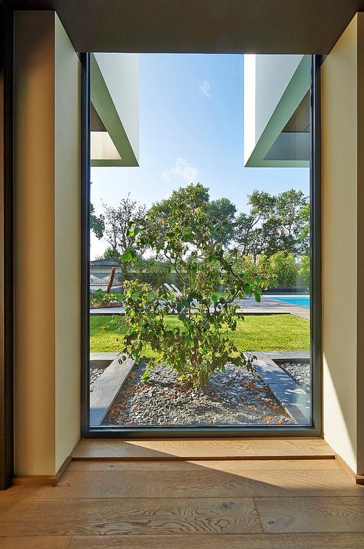 Ha 10 villa contemporaine par hybre architecte en gironde france construire tendance for Fenetres maison moderne