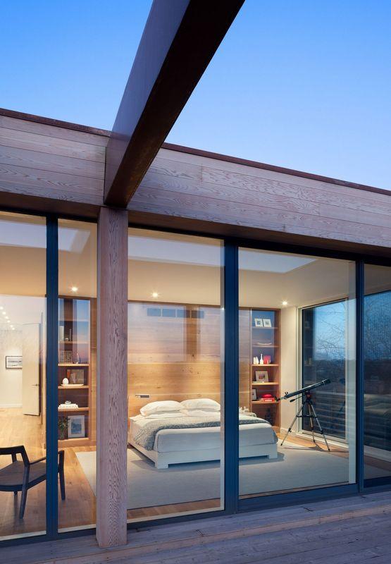Superbe maison contemporaine avec d co bardage bois et pierres aux usa construire tendance - Grande baie vitree ...
