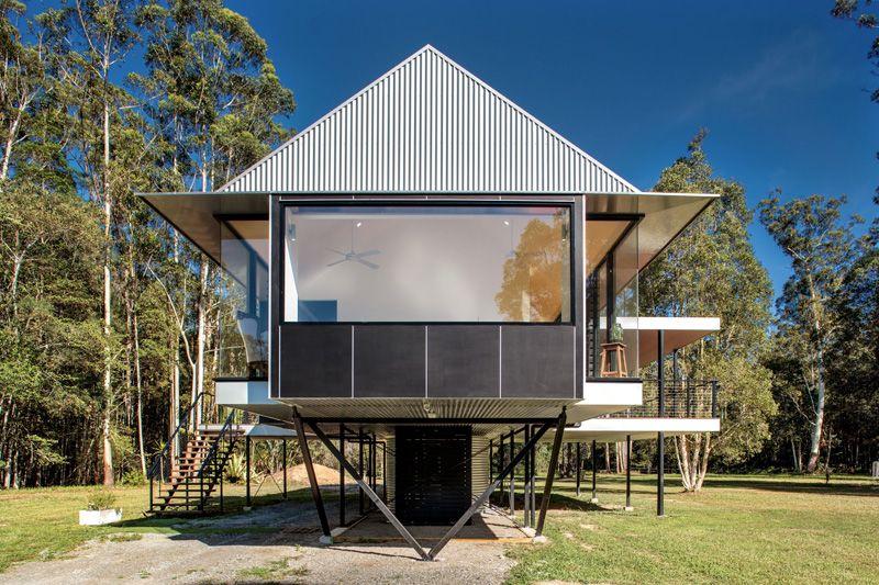 Maison sur pilotis dans une zone inondable en australie construire tendance - Self sufficient home designs ...