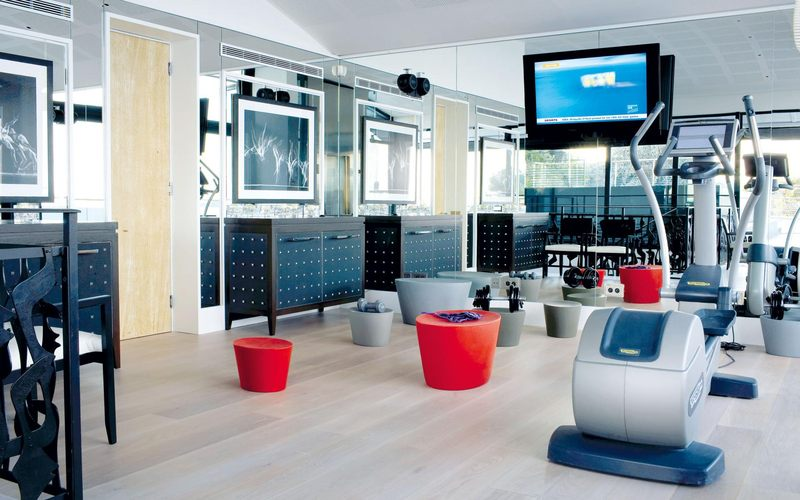location vacances villa o sur la c te d 39 azur france. Black Bedroom Furniture Sets. Home Design Ideas