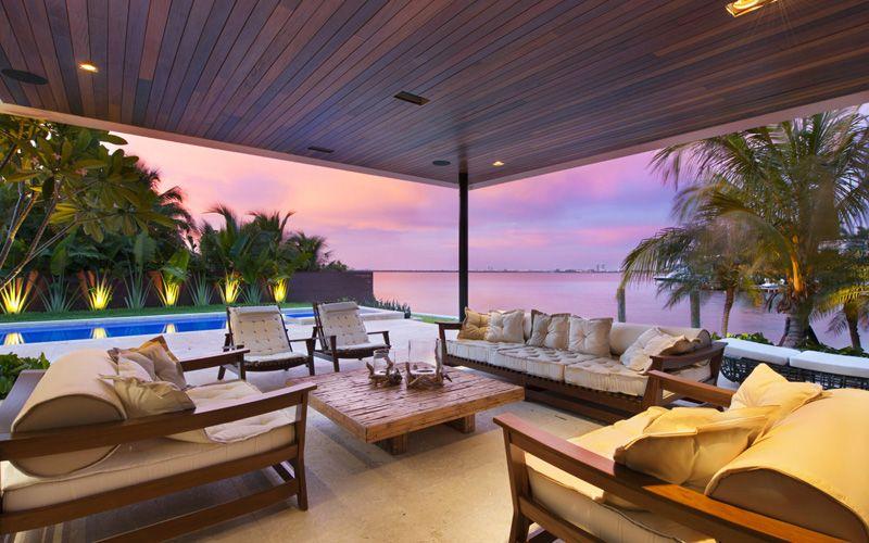 Magnifique villa contemporaine parsem e de palmiers au for Miami home design usa