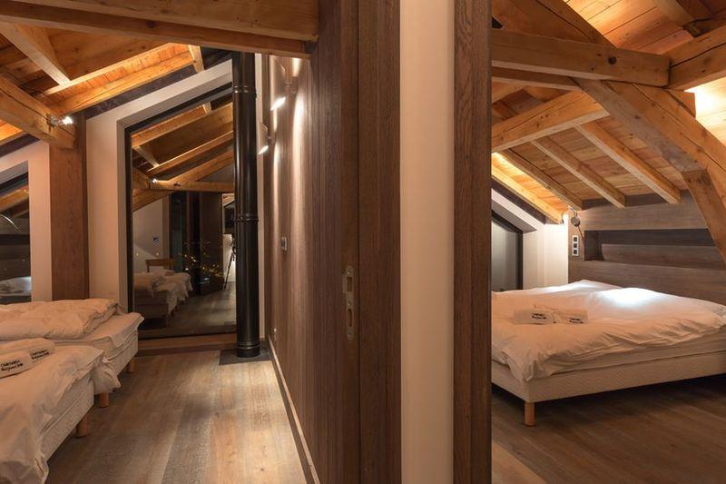 magnifique chalet bois modernis233 au pied du mont blanc en
