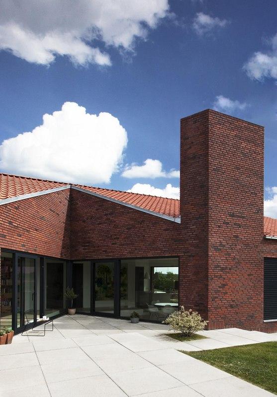 terrasse – Maison G en brique contemporaine par KRADS – Danemark ...