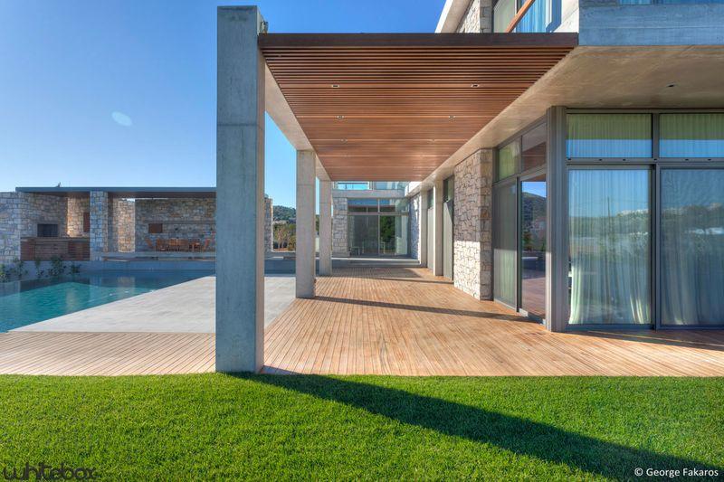 maison contemporaine en pierres et b ton tr s belle d co. Black Bedroom Furniture Sets. Home Design Ideas