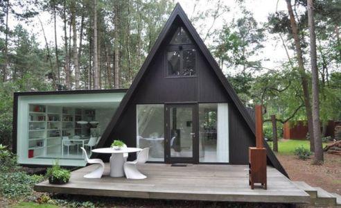 A-Frame summer Cabin par DVMA Architecten-Brecht, Belgique