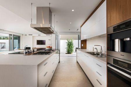 îlot Cuisine - cottesloe-residence par Custom-Homes - Perth, Australie
