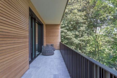 Balcon étage - Wood-House par Marco Carini - Como, Italie