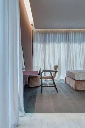 Bureau & chambre - Wood-House par Marco Carini - Como, Italie