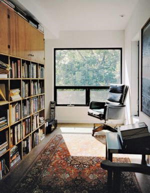 Bureau & Bibliothèque - Shipping-Container-Home Par Moseley Mathesius - New Jersey, Etats-Unis