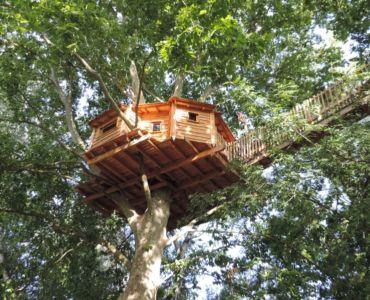 Cabane en bois au Camping Universal de Rochegude (10), France