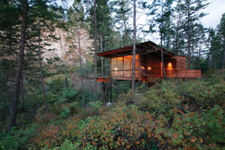 """Cabin""""http://www.archdaily.com/177523/cabin-on-flathead-lake-andersson-wise-architects"""">+ d'infos"""