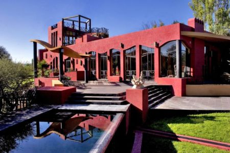 Casa Renacimiento par House + House Architects - Atotonilco, Mexico | + d'infos