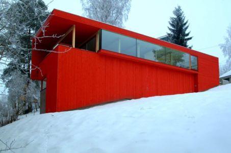 Casa Roja par JVA - près d'Oslo, Norvège - +d'infos