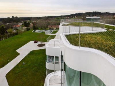 Casa V par Dosis de Arquitectura - Oleiros, La Coruna, Espagne - Photo Santos-Diez