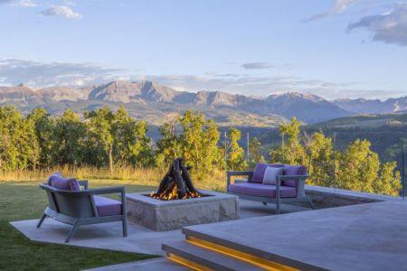 Cheminée extérieure & vue panoramique paysage - home-Colorado par Bill-Poss - Colorado, USA